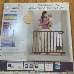 Summer Deluxe Wood Stair Way Gate